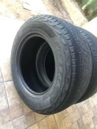 Vendo 2 pneus 265 65 17
