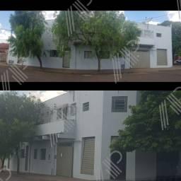 Vende-se Prédio residencial com 14 apartamentos e um comércio