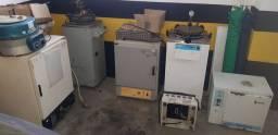 Lote laboratorio estufa autoclave centrifuga