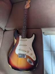 Vendo Guitarra fender versão chinesa strato