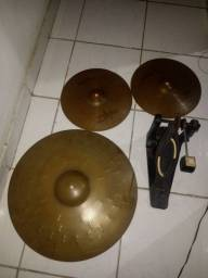 Pratos de cinbal ziidjian de 13 e conduçao de 22 e pedal tama