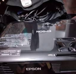 Retroprojetor Epson modelo H719A