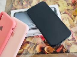 iPhone XR - 128g preto - Impecável