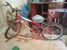 Vendo bicicleta infatil cm 1 mês de uso