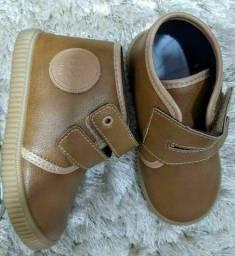 Calçados infantis masculinos  número 23