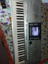 Teclado Yamaha psr-S710