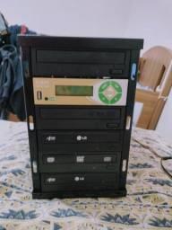 Duplicadora de dvds(grava até 4 dvd simultaneamente)