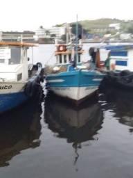 Barco de pesca LEIA A DESCRIÇÃO