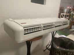 Vendo ar condicionado 60btu R$ só 3800