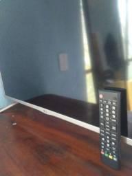 Vendo ou troco por ar de janela TV LG 32p. Com defeito.