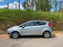 Ford New Fiesta Titanium Hatch 1.6 16V PowerShift 2015
