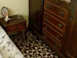Vendo quarto completo antigo