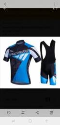 Excelente conjunto de roupa de ciclismo tamanho M
