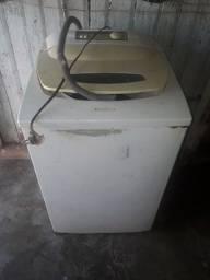 Vendo Ou Troco Maquina de Lavar Roupa (Para Reformar e Conserto)