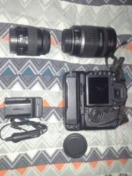 Vendo câmera Canon 7D com lente 18-200 e 35-80 semi nova