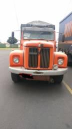 Caminhão Scania 111