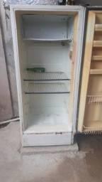vendo uma geladeira filé