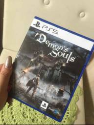 DEMONS SOULS PS5 - R$280,00 / SPIDER MAN PS4 - R$ 50,00