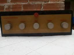 Amplificador valvulado antigo