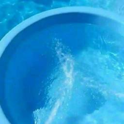 Piscineiro/ limpador de piscinas