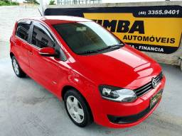 VW-Volkswagen Fox 1.0 Trend Total Flex 5p 2013