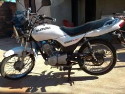 Suzuki 120 CC ks ano 2014 $3,500