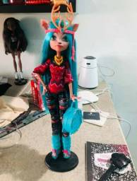 Rara boneca monster high