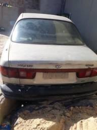 Hyundai Sonata sedan 1995