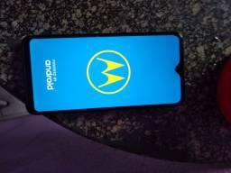 Vendo celular Motorola G8 valor 650 reais