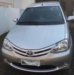 Etios Sedan 1.5 XS 2013 Completo - 2013