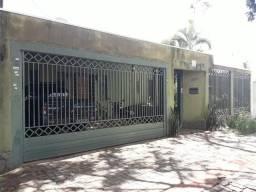 Casa Jardim Flamboyant - Vendo ou troco por chácara com casa próxima a Campo Grande