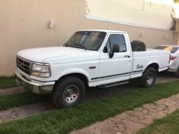 Ford F1000 XLT MWM 229 TD - 1997