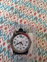 Relógios a pronta entrega