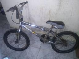Bicicleta Cross cromada