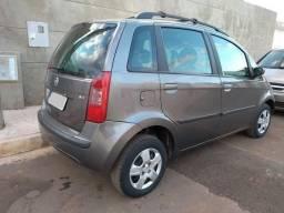 Fiat Idea elx 1.4 Flex, 2005/2006, 4 portas, cor Cinza. Só Brasília - 2005