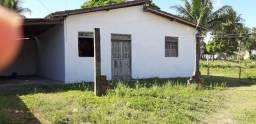 Vende se uma casa no gleba H em Camaçari