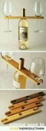Suporte de taças de vinho.
