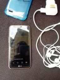 Celular LG K10 Dourado com Preto