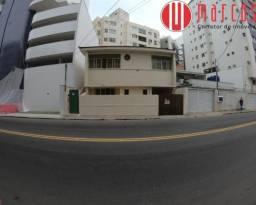 Casa com 2 quartos em ótimo ponto residencial e comercial no centro de Guarapari.