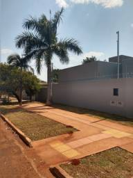 Casa Nova ao Lado da UFMS.Rica em Blindex