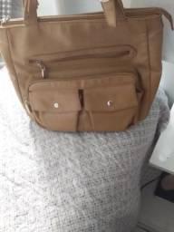 Bolsa em couro ligitimo