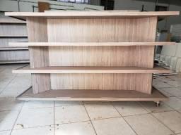 Gôndola de madeira para comércio