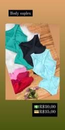 Roupa moda praia feminina