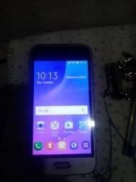 Samsung J1 mini com apenas marcas de uso