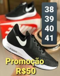 Tenis 50 reais Últimos pares Promoção