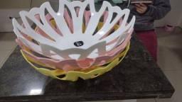 Lindas fruteiras de plástico