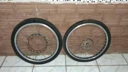 Aro e pneus da bicicleta elétrica