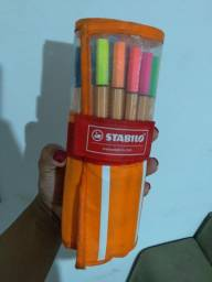 Estojo 30 cores stabilo nunca usadas
