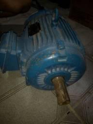 Motor Trifásico 10CV 3600RPM 220/380/440V WEG 2Pólos
