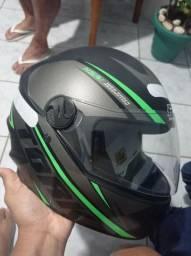 2 capacetes pro Tork zerado